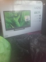 24 in vizio tv in Fort Polk, Louisiana