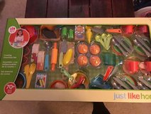 Brand New Food Play Set in Plainfield, Illinois