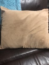 Set of 2 XL couch pillows in Wiesbaden, GE