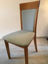 Dining Room Chairs (set of 5) in Stuttgart, GE