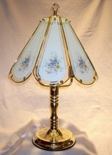 TIFFANY STYLE 8 PANEL TOUCH LAMP in Beaufort, South Carolina