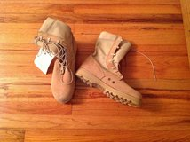NEW BOOTS size 10 R in Fort Rucker, Alabama