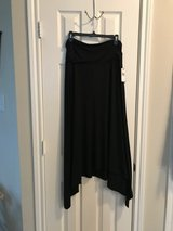Black ALYX Midi Skirt New with tags XL in Houston, Texas