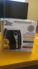 ELITE PLATINUM DIGITAL. AIR FRYER in Fort Bliss, Texas