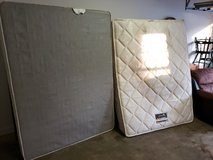 Simmons Beautyrest Queen Mattress And Box Spring! in Warner Robins, Georgia