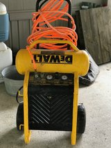 Dewalt air compressor in Kingwood, Texas