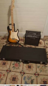 Fender electric guitar with amp and case in Beaufort, South Carolina