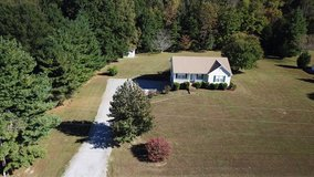 Beautiful Country Home For Sale 2 Bedroom 2 full Baths in Fort Campbell, Kentucky
