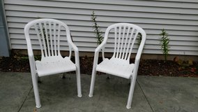 Stackable Lawn / Patio Chairs in Plainfield, Illinois