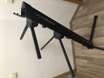 Ultimate Support Keyboard Stand AX-48 PRO B in Grafenwoehr, GE