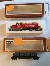 2 Vintage HO-Scale Train Cars Lot B in Plainfield, Illinois