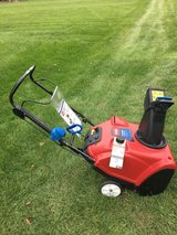 TORO POWER CLEAR 221WITH MANUAL READY TO WORK in Sandwich, Illinois