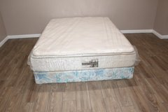 Queen size mattress - Golden mattress co. Sleep Supreme in Kingwood, Texas