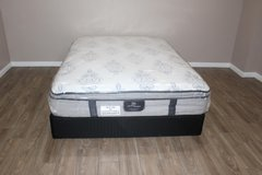 Queen size mattress - Serta Largo Vista pillowtop in Spring, Texas