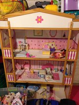 Doll House (house only) in Quad Cities, Iowa