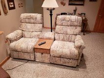 La-Z-Boy Dual Recliner Set in Elgin, Illinois