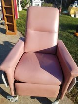 Medical chair/recliner in Baytown, Texas
