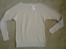 New w/tag Gap Sweater sz.XS in Camp Lejeune, North Carolina