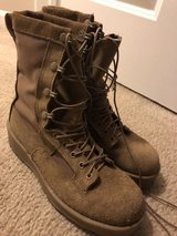 Combat Boots 7.5R in Tinley Park, Illinois