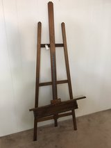Easel - Very Nice in The Woodlands, Texas