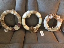 Burlap and yarn wreath in Fort Rucker, Alabama
