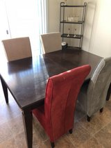 Dinkng Room Table & Chairs in 29 Palms, California