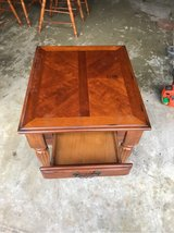 1 end table w/ drawer in Cherry Point, North Carolina