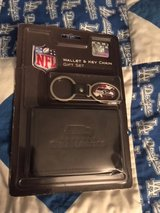 SEATTLE SEAHAWKS Officially Licensed Wallet & Key Chain Gift Set *** NEW *** in Tacoma, Washington