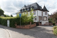 House in Hochspeyer with great potential in Ramstein, Germany