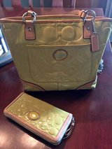 Matching Coach Handbag with Wallet in New Lenox, Illinois