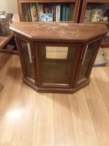 Display Cabinet-Small in Joliet, Illinois