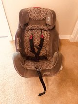 Car Seat For Sale in Fort Carson, Colorado
