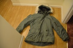US army parka extreme cold, large, very good condition in Lakenheath, UK