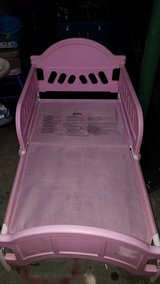 pink toddler bed in Macon, Georgia