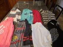8 pieces Juniors long sleeve size Small in Naperville, Illinois