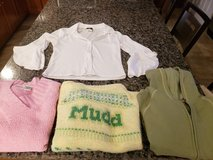 4 pieces Juniors winter tops size Large in Naperville, Illinois
