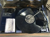 Fisher turn table w/cassette in Yucca Valley, California