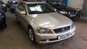 }}} SPORTY {{{ LEXUS IS200 2004 in Lakenheath, UK
