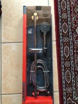 Shower head, attachment and wall mount in Wiesbaden, GE