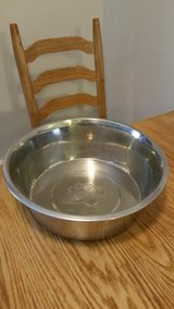 Extra Large Dog Bowl in Tinley Park, Illinois