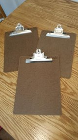 clip boards in Orland Park, Illinois