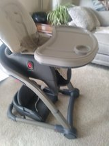 Graco - Blossom 6 in 1 Convertable High Chair/Toddler/Booster Seat! in Naperville, Illinois