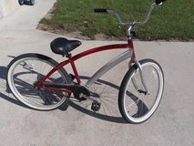 nice beach bike hardly used in Camp Lejeune, North Carolina