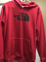 Northface Boys XL hoodie in Naperville, Illinois