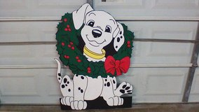 Dog in wreath in Spring, Texas