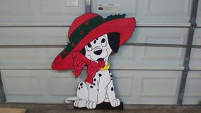 Dog with big hat in Spring, Texas