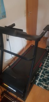 220 Volt Sport Ripping F26 Professional Treadmill with Smartphone App Heart Rate Belt in Stuttgart, GE