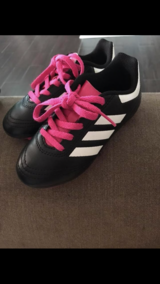 Adidas soccer shoes in Chicago, Illinois
