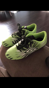 Umbro boy soccer shoes in Chicago, Illinois