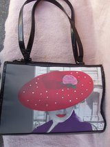 Red Hot Society Purse in Aurora, Illinois